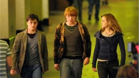 Harry Potter and the Deathly Hallows Part I (12a)