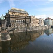 100954-the-opera-house-in-prague.jpg