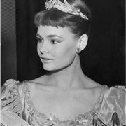 Judi Dench As Ophelia