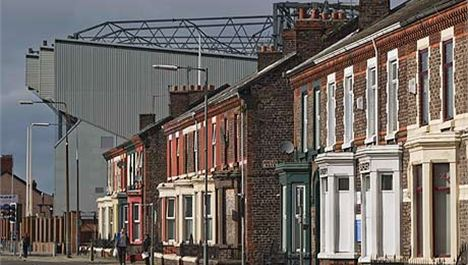 New future for Anfield hailed as LFC stay put