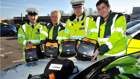 Traffic cops issued with life-saving kit