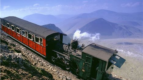 Win a family day out on Snowdon Mountain Railway