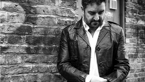 Review: Ian Prowse/Who Loves Ya Baby