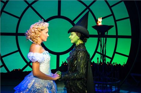 Wicked-UK-Tour_Emily-Tierney-And-Aashleigh-Gray_Photo-Matt-Crockett_0766_RT