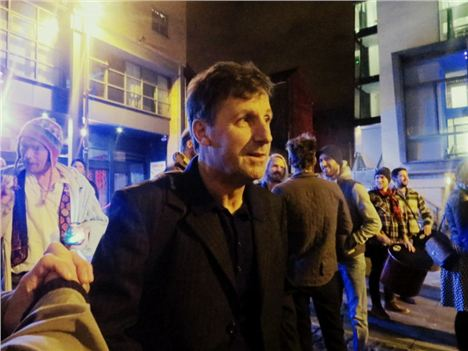 Mello Mello Closes %2810%29