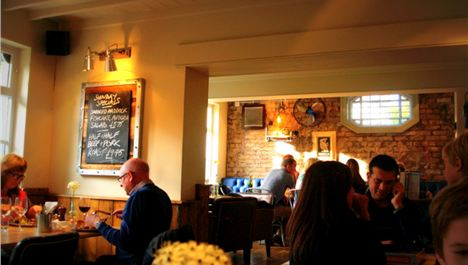 Sunday Dinners: Elephant Pub and Bakehouse