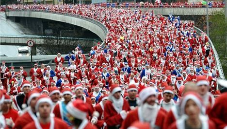 10th Liverpool Santa Dash takes world title